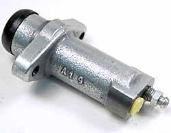 Defender clutch slave cylinder