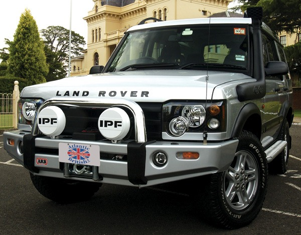 Land Rover ARB Bull Bar and Winch Bumpe