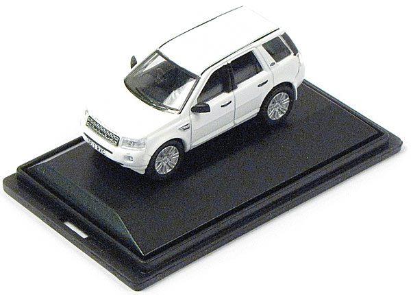 LR2 diecast model car
