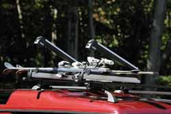 Thule Crossroad Mounts & Bars With 6-Pair Ski Rack Slider